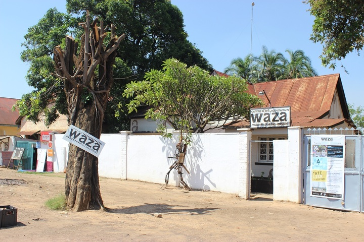 Waza art center